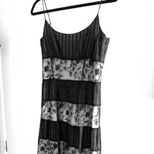 Ann Taylor dress Size 4